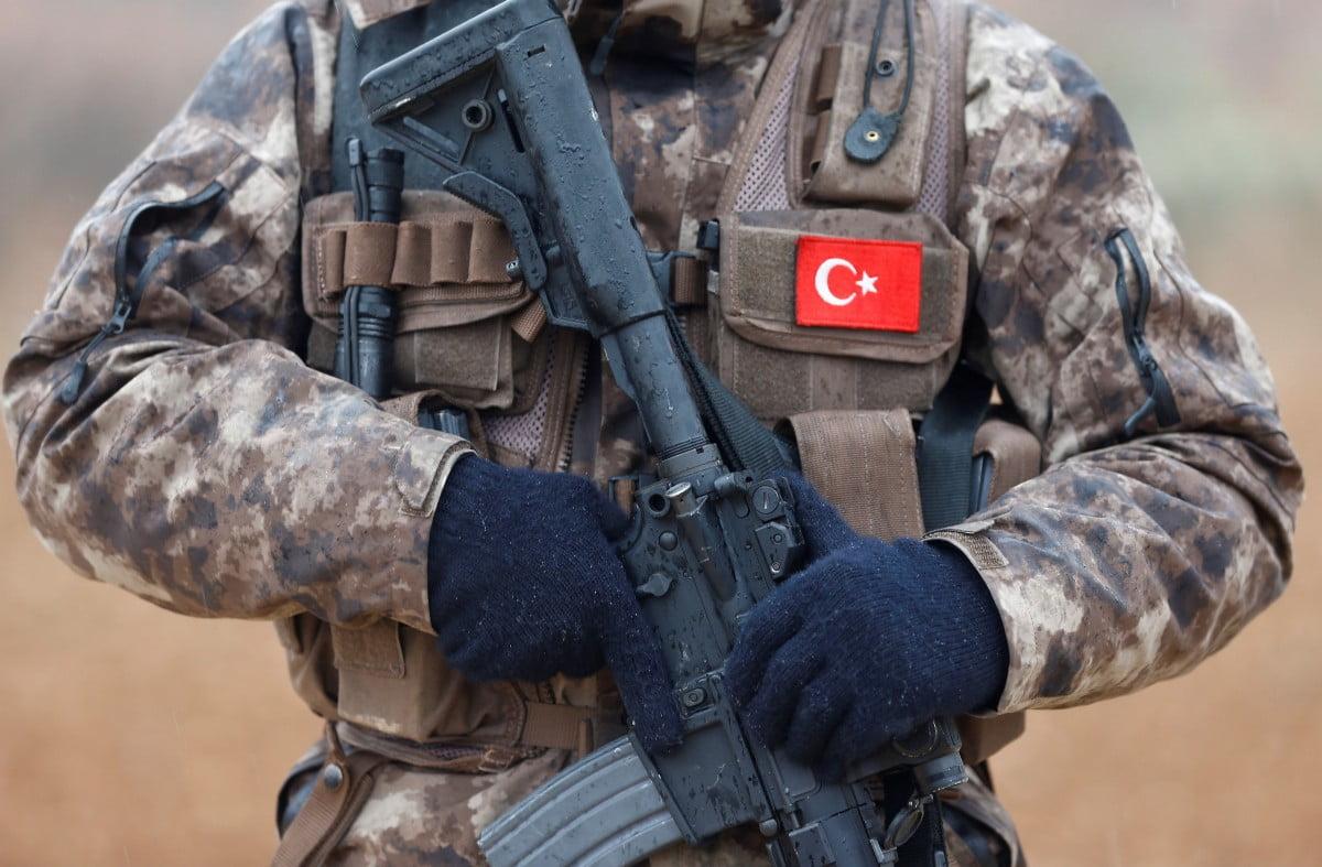 Τούρκος στρατιώτης παραπάτησε και βρήκε τραγικό θάνατο στη Ν.Α. Τουρκία