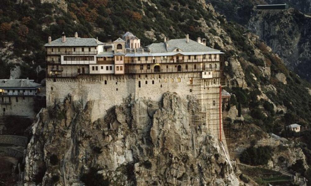 «Κλείνουν το Άγιο Όρος με πρόσχημα τον κορονοϊό ενόψει της επίσκεψης του πρωθυπουργού της Ρωσίας, Μισούστιν, δεν υπάρχει έξαρση»