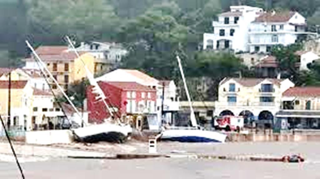 Πάνω από 40 σκάφη βυθίστηκαν στην Κεφαλονιά λόγω της κακοκαιρίας