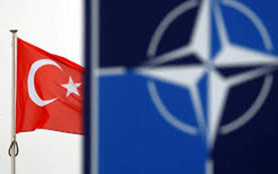 Reuters: Γιατί το ΝΑΤΟ «έθαψε» την έρευνα για το επεισόδιο Γαλλίας-Τουρκίας