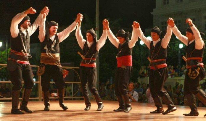 Μουσικοχορευτική παράσταση «Πόντος – 3.000 χρόνια ιστορίας» στο Φεστιβάλ του Δήμου Αμαρουσίου