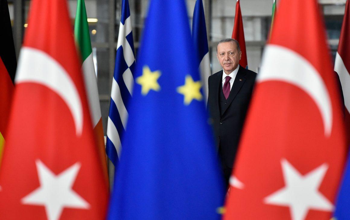Ε.Ε.: Καταδίκη των προκλήσεων της Άγκυρας αλλά αναβολή της επιβολής κυρώσεων