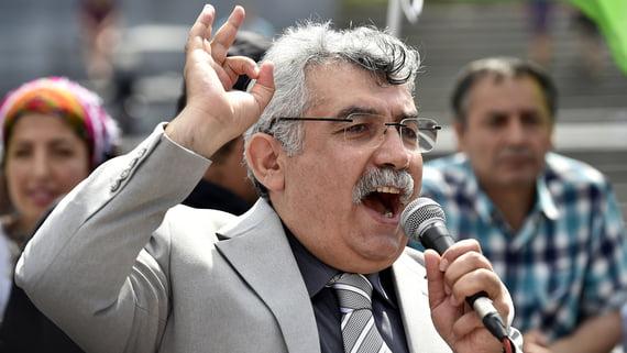 Το Β'μέρος της συνέντευξης του Aydar στον Σάββα Καλεντερίδη: «Η Τουρκία δεν είναι τόσο δυνατή! Έχουν αποτυχίες απέναντι στους Κούρδους»