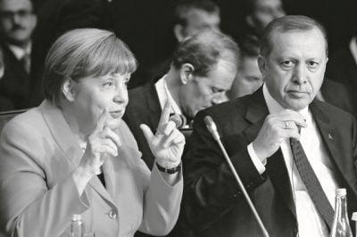 Ελληνοτουρκικά: Το «προξενιό» που ξεκλείδωσε τις διερευνητικές – Έρχεται ο Πομπέο
