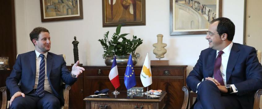 Ο ΥΠΕΞ της Γαλλίας μιλάει για κυρώσεις κι εμείς για διάλογο με την Τουρκία. Λογικό;