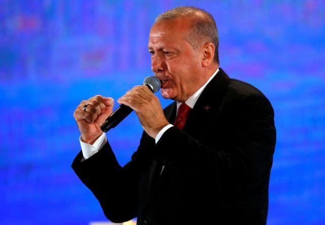 Η αντιπολίτευση ασκεί κριτική στον Ερντογάν εν όψει της Συνόδου και των πιθανών κυρώσεων στην Τουρκία
