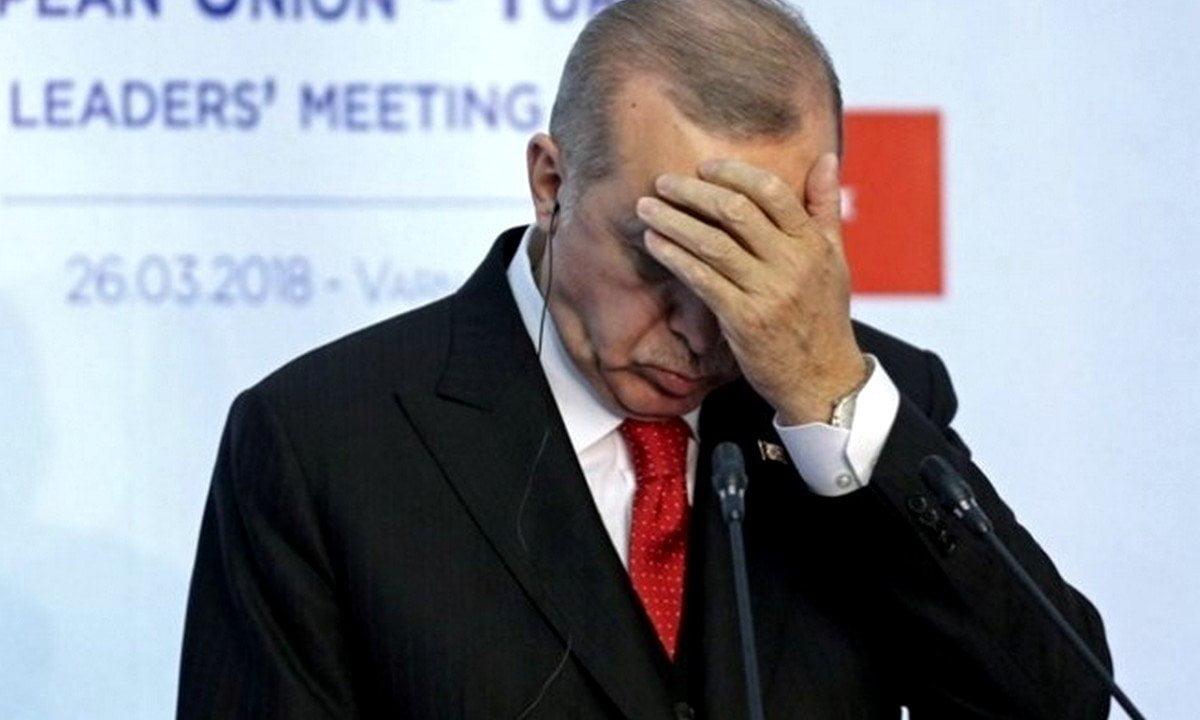 Νέο ιστορικό χαμηλό για τουρκική λίρα – Φεύγουν οι επενδυτές
