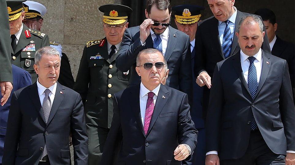 Ερντογάν: Να τερματιστεί η κατοχή του Ναγκόρνο Καραμπάχ