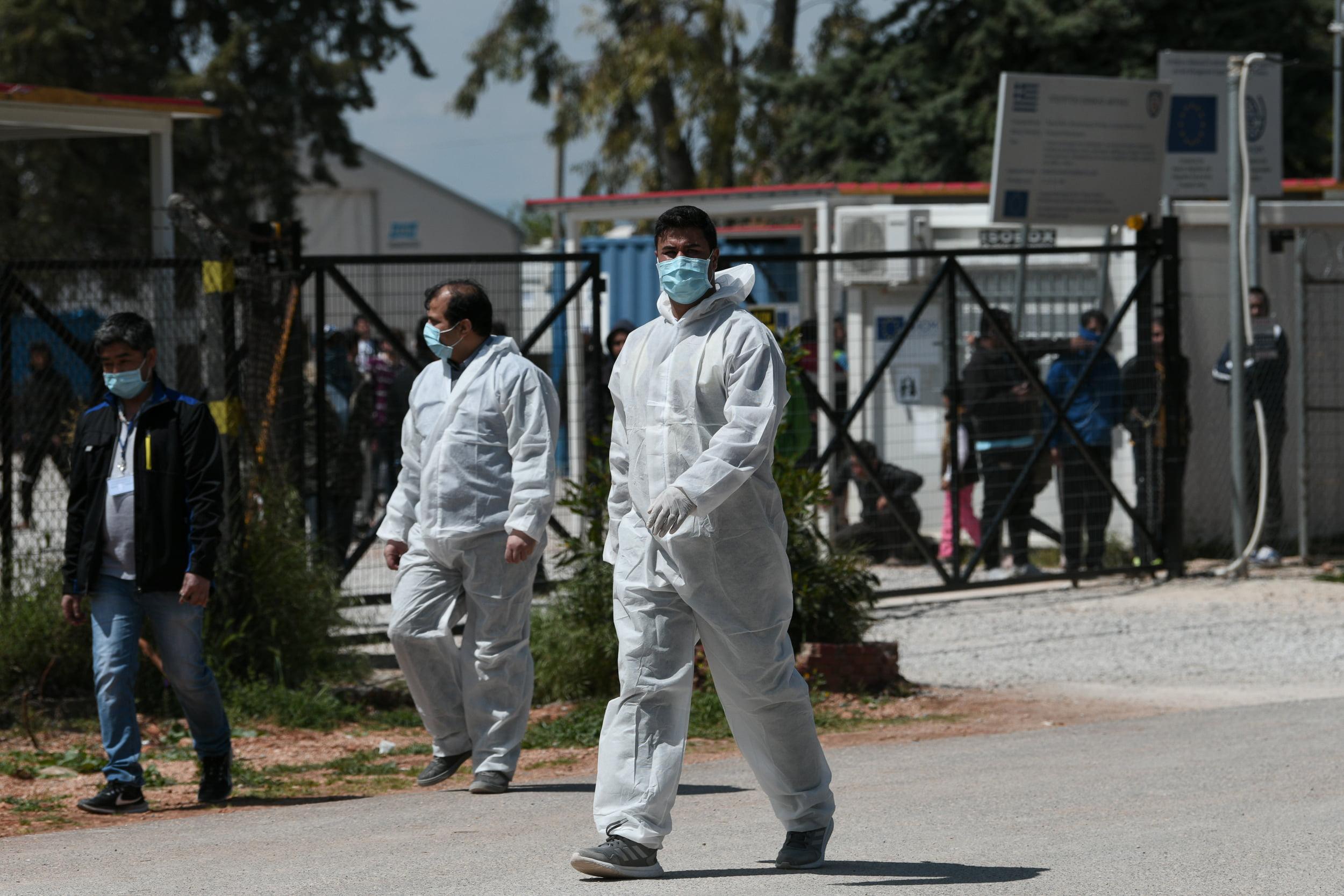 Κορονοϊός: πιθανή νέα καραντίνα – υψηλά τα ποσοστά λαθρομεταναστών στα νοσοκομεία