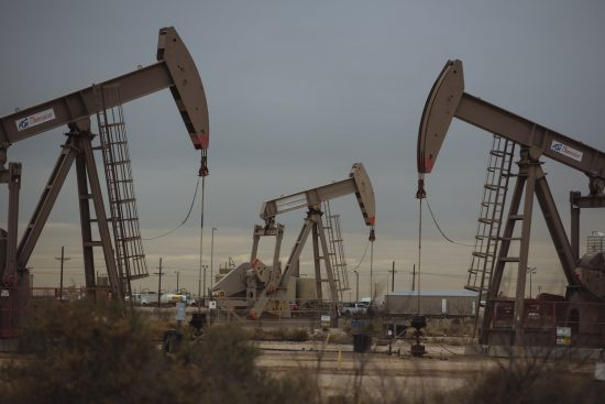 Το Πετρέλαιο και η Νέα (Παγκόσμια) Οικονομική Τάξη[1]