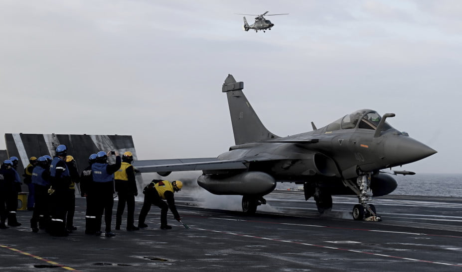 DW: Γαλλικά Rafale «εναντίον» γερμανικών Eurofighter
