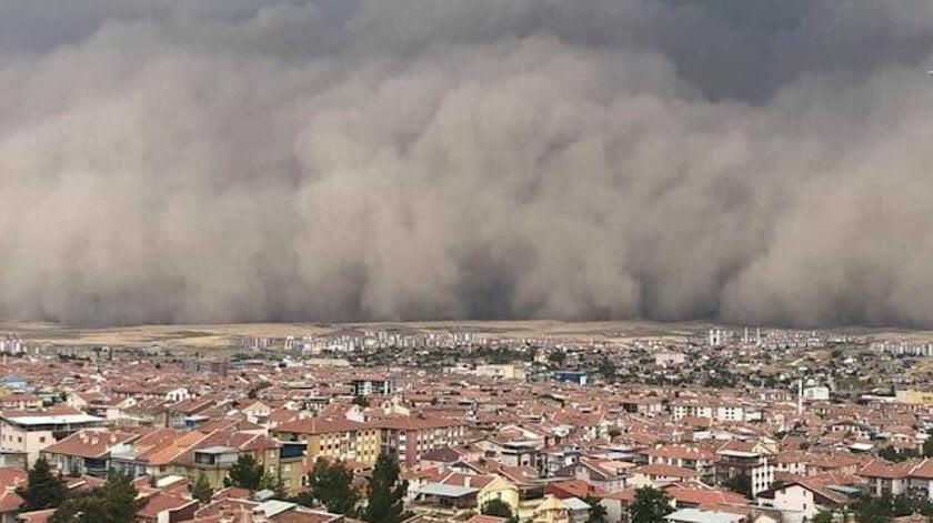 Πανικός στην Άγκυρα με ένα απίστευτο καιρικό φαινόμενο! Αμμοθύελλα σκεπάζει την πόλη – Έντρομοι οι Τούρκοι (ΒΙΝΤΕΟ)