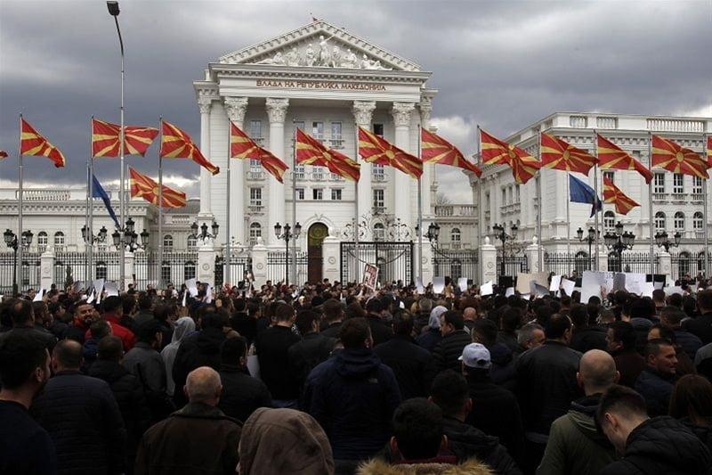 Η Βουλγαρία υπερασπίζεται ό,τι έδωσαν Τσίπρας και Κοτζιάς στις Πρέσπες: «Να μην αναγνωρίσει η ΕΕ μακεδονική γλώσσα»