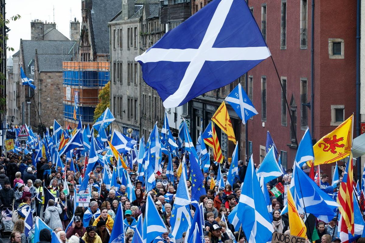 Θέμα ανεξαρτησίας της Σκωτίας θέτει η Στέρτζον