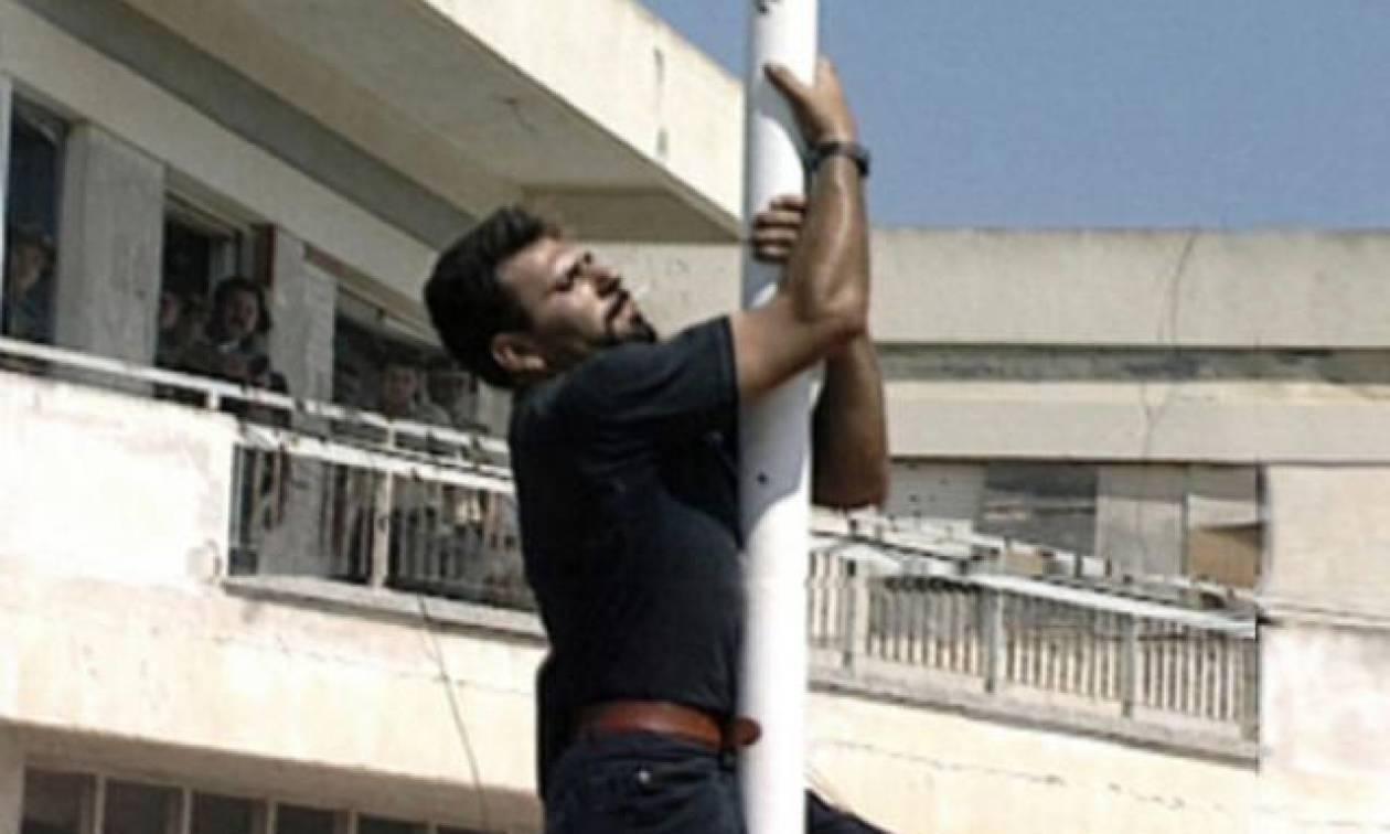 Υπόκλιση στους οπαδούς του ΟΦΗ! Πανό με τον Σολωμό Σολωμού στον αγώνα με τον Απόλλων Λεμεσού – Για να μην ξεχνάμε ότι είμαστε Έλληνες…