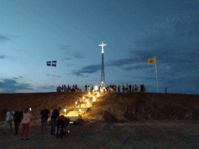 Εβρος: Αρχιμανδρίτης απαντά στους Τούρκους για τον τεράστιο σταυρό στη Νέα Βύσσα