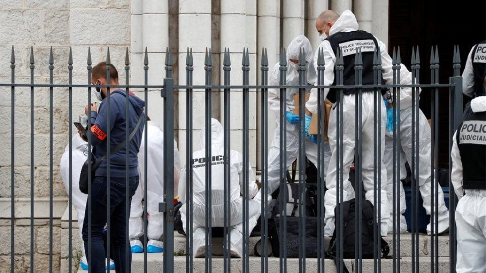 Γαλλία: «Σε πόλεμο με την ισλαμιστική ιδεολογία – Ίσως έχουμε κι άλλες επιθέσεις» λέει ο υπουργός Εσωτερικών