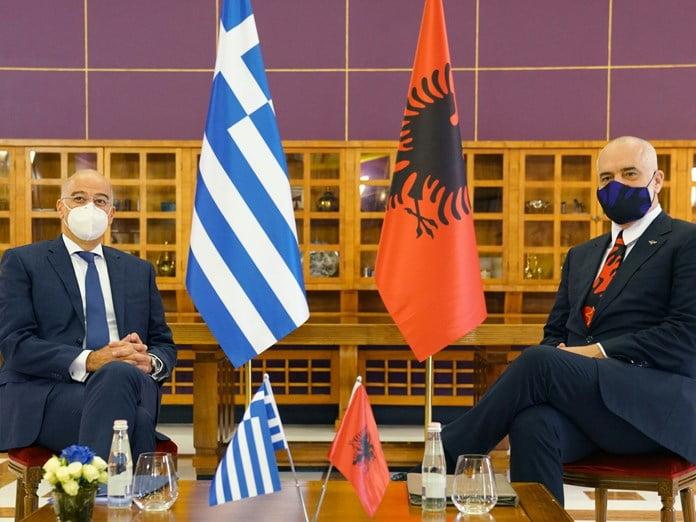 Η συμφωνία Ελλάδας-Αλβανίας για προσφυγή στη Χάγη – Οι τρεις αντικειμενικές δυσκολίες και η γεωπολιτική προοπτική