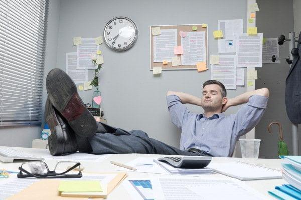 Μπορείς να διοικήσεις χωρίς να μπορείς να απολύσεις;