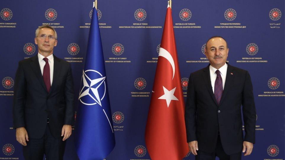 Ν. Καραμπάχ: Εκεχειρία ζητά ο Στόλτενμπεργκ και η Τουρκία θέλει αποχώρηση των Αρμενίων