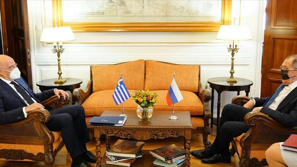 Δένδιας – Λαβρόφ: Δικαίωμα της Ελλάδος η επέκταση στα 12 ναυτικά μίλια