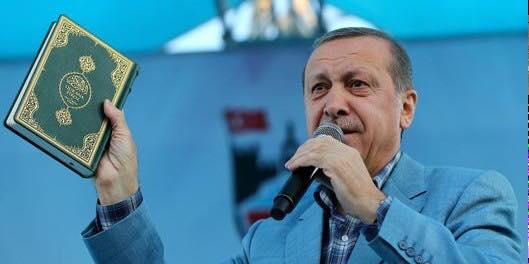 Ο Ερντογάν παίζει το χαρτί του Ισλάμ