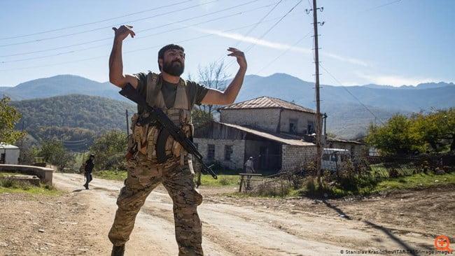 Deutsche Welle: Ανησυχία για τους μισθοφόρους της Τουρκίας στο Ναγκόρνο Καραμπάχ