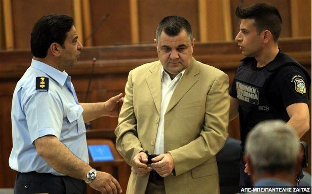 Χρυσή Αυγή: Σε ισόβια κάθειρξη ο Ρουπακιάς- 13 χρόνια η διευθυντική ομάδα
