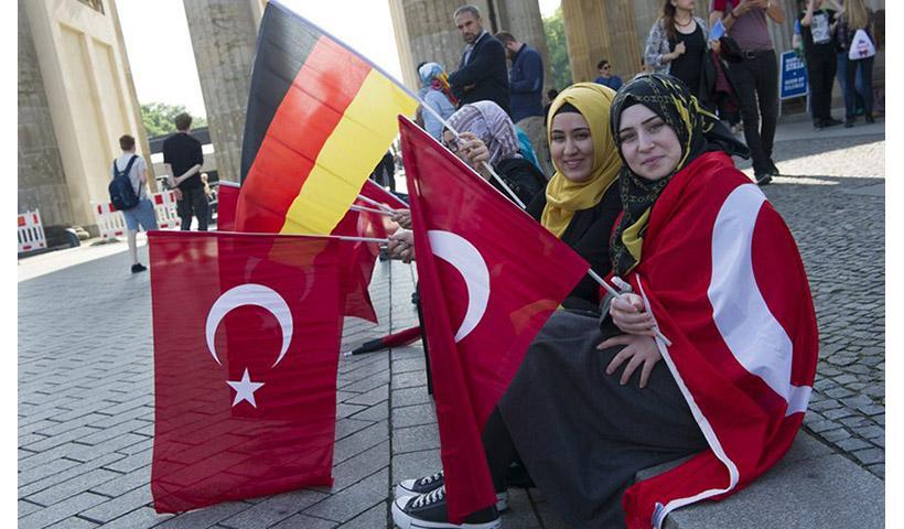 Έξι λόγοι για τους οποίους η Γερμανία παίρνει πάντα το μέρος της Τουρκίας