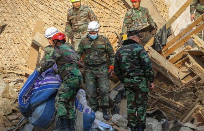 Ναγκόρνο Καραμπάχ: Βόμβα σε στρατιωτικό νοσοκομείο – Συνολικά έχουν σκοτωθεί 633 στρατιώτες