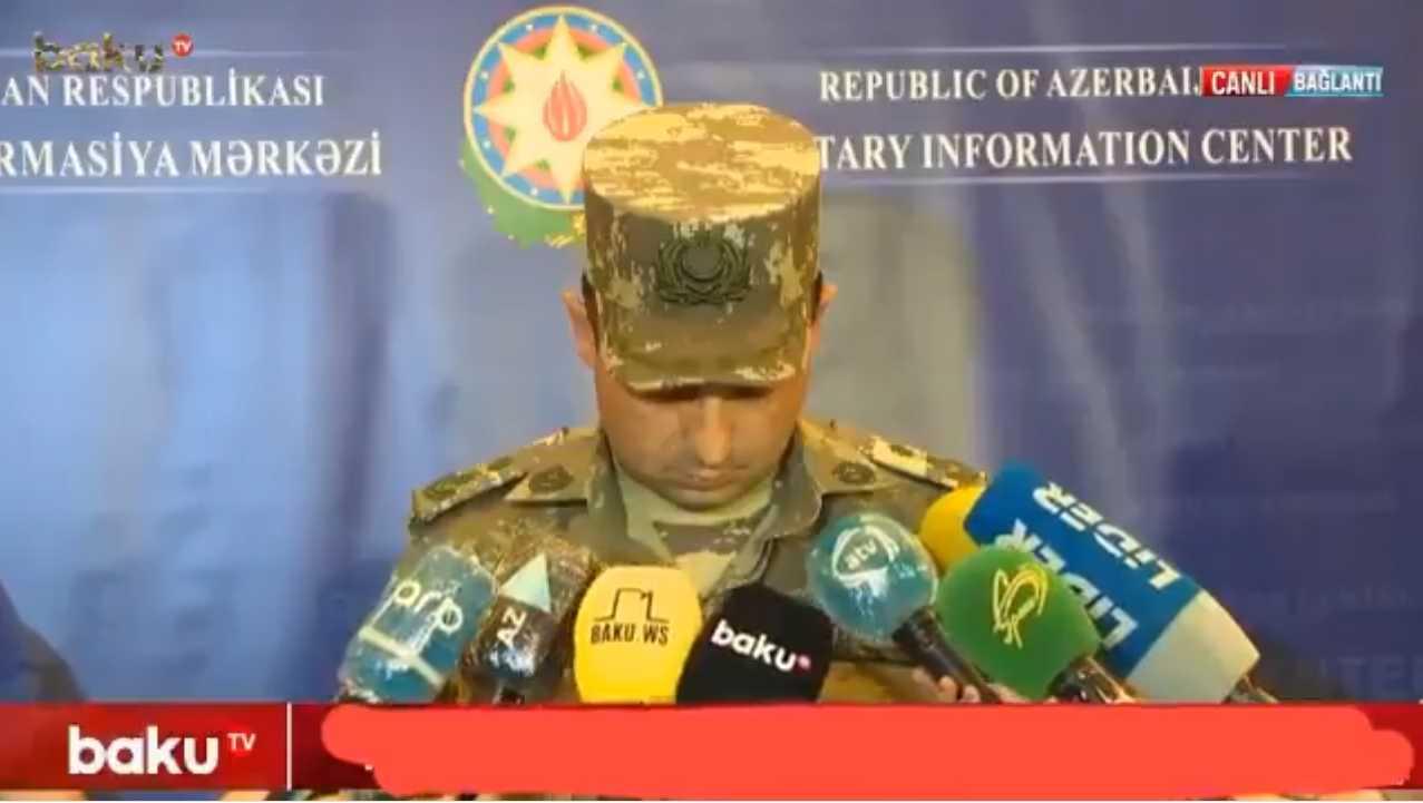 Γιατί ο εκπρόσωπος Τύπου του αζέρικου ΥΠΑΜ δεν απαντά στις ερωτήσεις δημοσιογράφων; (ΒΙΝΤΕΟ)