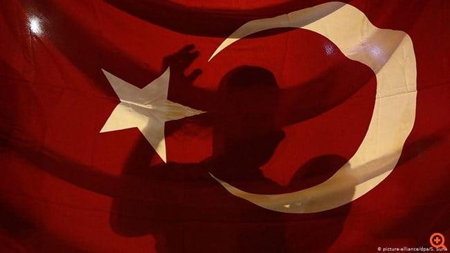 DW: Το Βερολίνο επιβεβαιώνει δεσμούς Ερντογάν με ισλαμιστές
