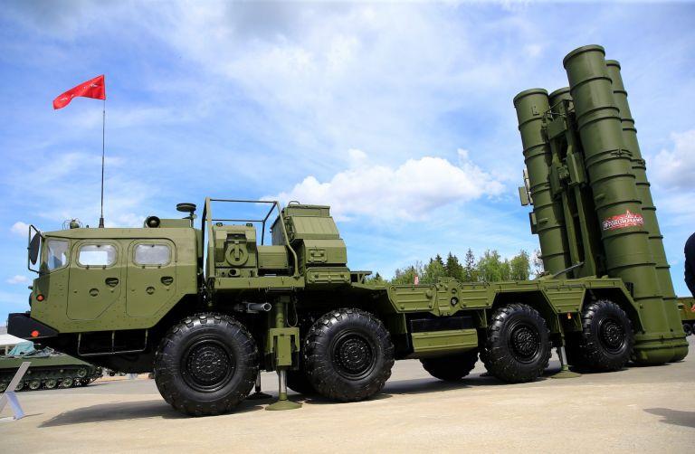Stratfor : Γιατί η Τουρκία αψηφά τις ΗΠΑ και δοκιμάζει τους S-400