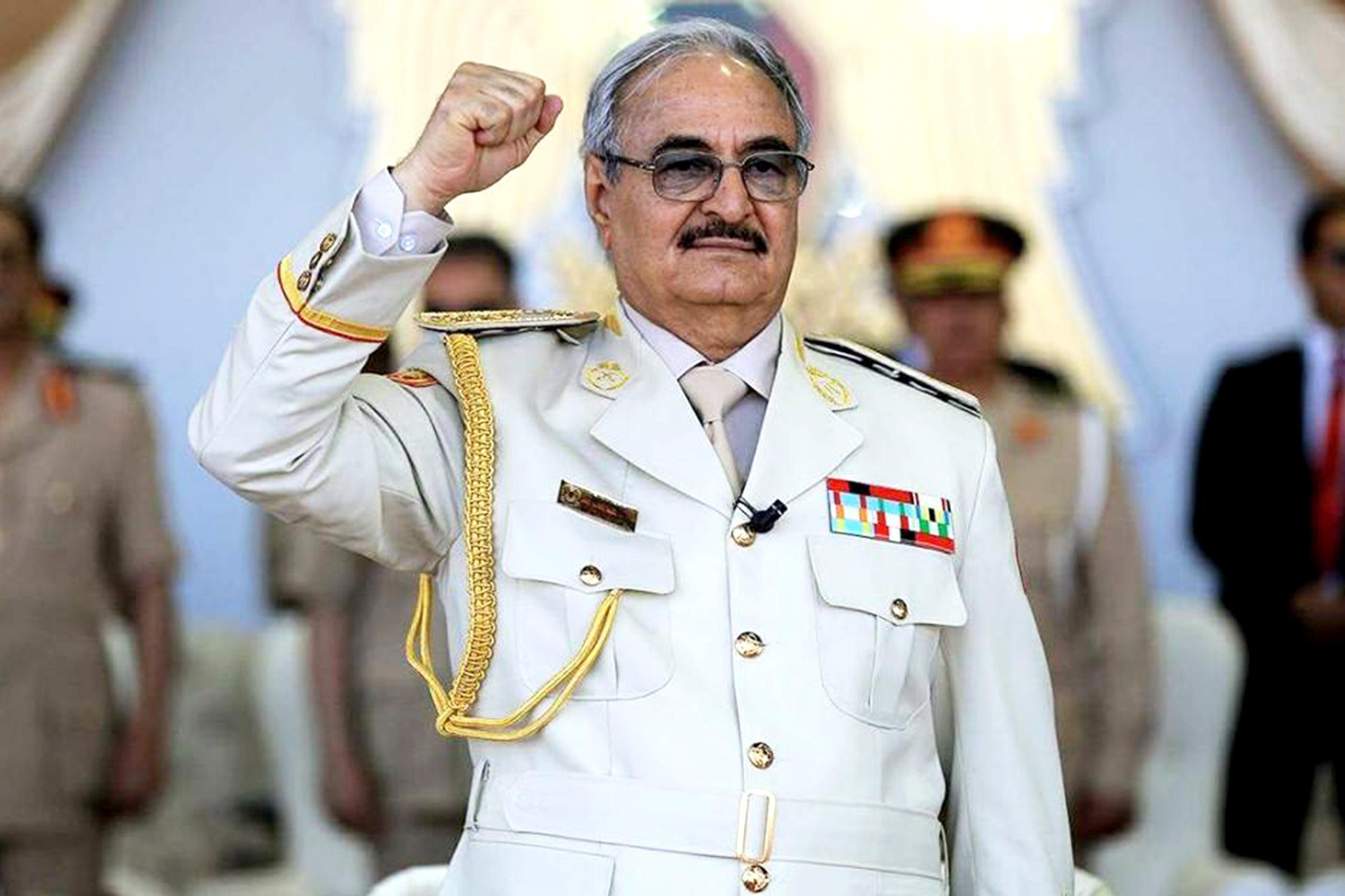 """Ο Χαφτάρ, οι """"σύμμαχοί"""" του, η Αίγυπτος και το μέλλον της Λιβύης"""