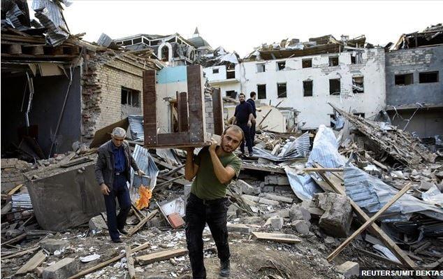 Πυραυλική επίθεση με 12 νεκρούς στη 2η μεγαλύτερη πόλη του Αζερμπαϊτζάν