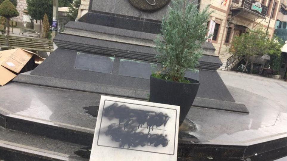 Σκόπια: Βανδαλίστηκαν πινακίδες για την ελληνικότητα μορφών της αρχαιότητας