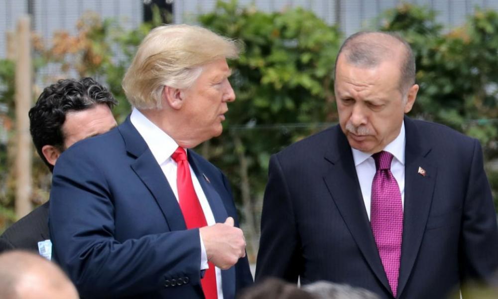 """Ξαφνική αλλαγή στάσης! Τραμπ κατά Τουρκίας: """"Υπονομεύει τη μάχη κατά του ISIS"""""""