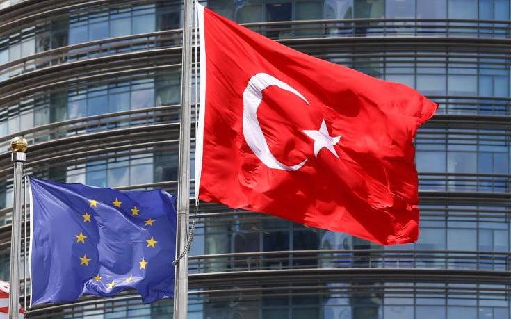 Γερμανικός Τύπος: Ο Erdogan καταστρέφει την τουρκική οικονομία