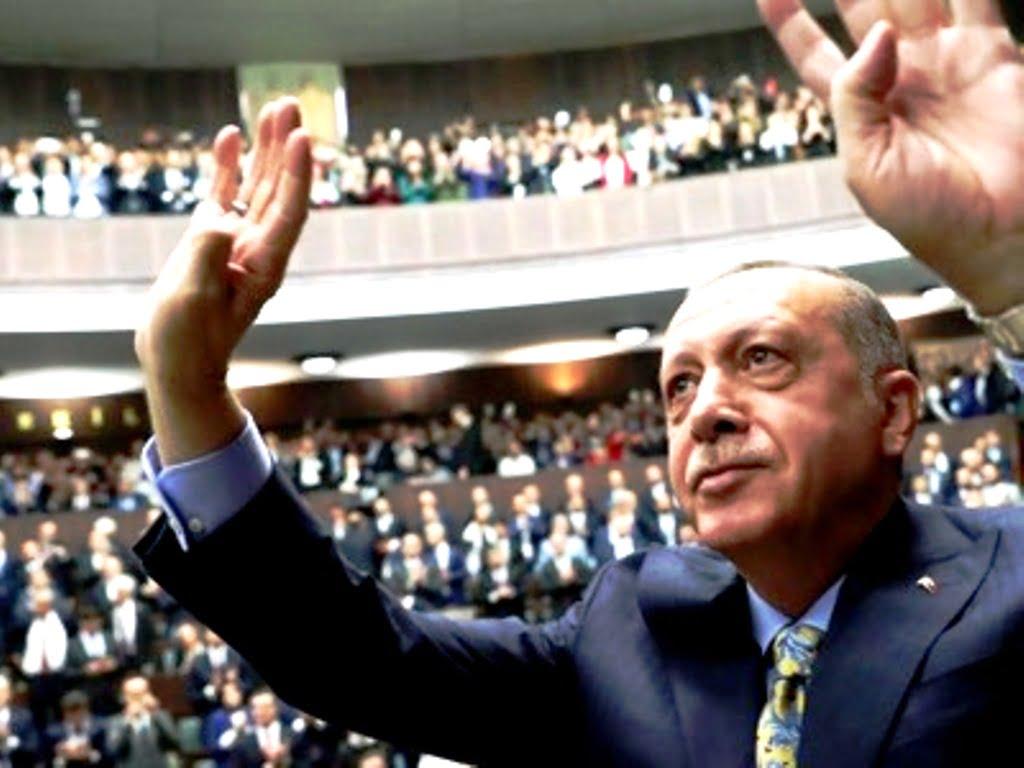 Ο Ερντογάν δεν επιθυμεί πλέον να είναι ο νέος Οθωμανός αυτοκράτορας, αλλά να γίνει χαλίφης