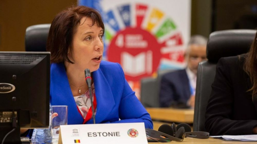 Εσθονία: Παραιτήθηκε η υπ. Παιδείας μετά την αποκάλυψη ότι χρησιμοποιούσε κρατικό αυτοκίνητο για να μεταφέρει τα παιδιά της στο σχολείο