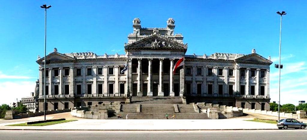 Το Κοινοβούλιο του Μοντεβιδέο αναγνωρίζει το Αρτσάχ