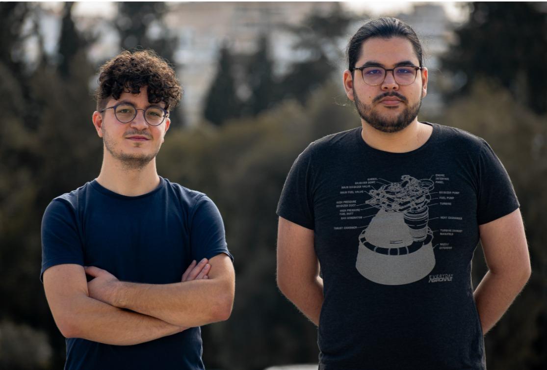"""Ηλίας Θεοδωρίδης – Ηλίας Ψυρούκης: Δύο 25χρονοι που """"παίζουν"""" με δορυφόρους"""
