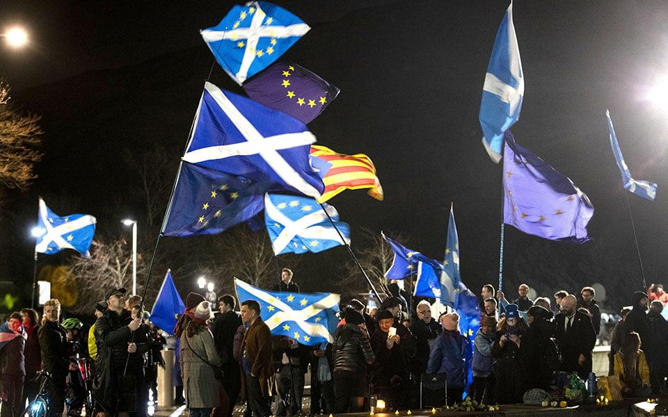 Πρωθυπουργός Σκωτίας: Θέλουμε δημοψήφισμα για την ανεξαρτησία