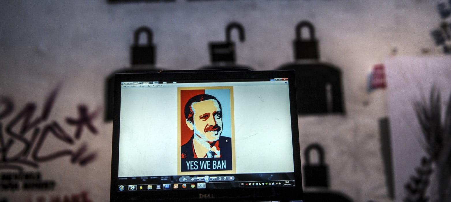 Η Τουρκία επιβάλλει κυρώσεις σε πλατφόρμες παγκόσμιων μέσων κοινωνικής δικτύωσης για να καταπνίξει το Διαδίκτυο
