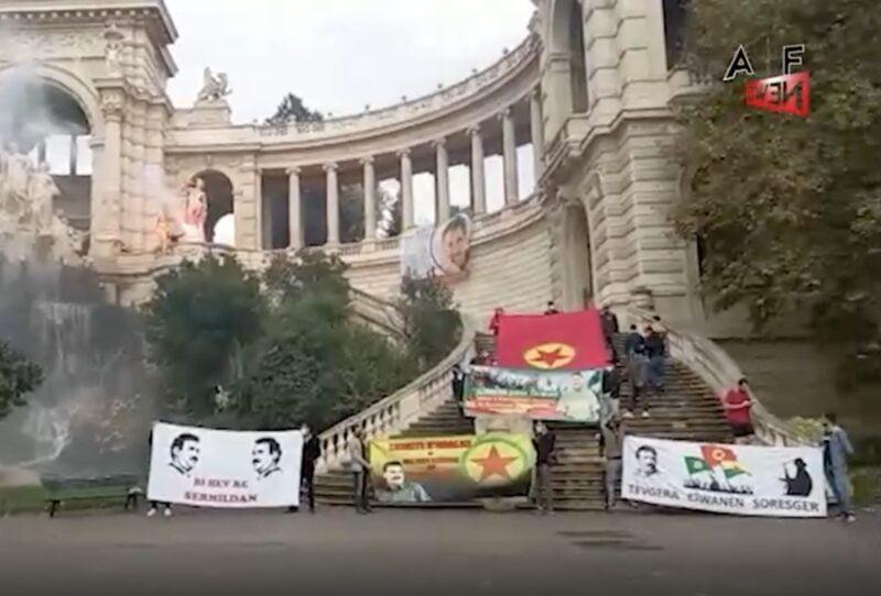 Νεαροί ακτιβιστές στη Μασσαλία απαιτούν την απελευθέρωση του Αμπντουλάχ Οτσαλάν