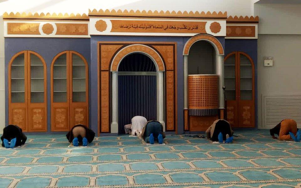 Η πρώτη προσευχή στο ισλαμικό τέμενος Αθηνών