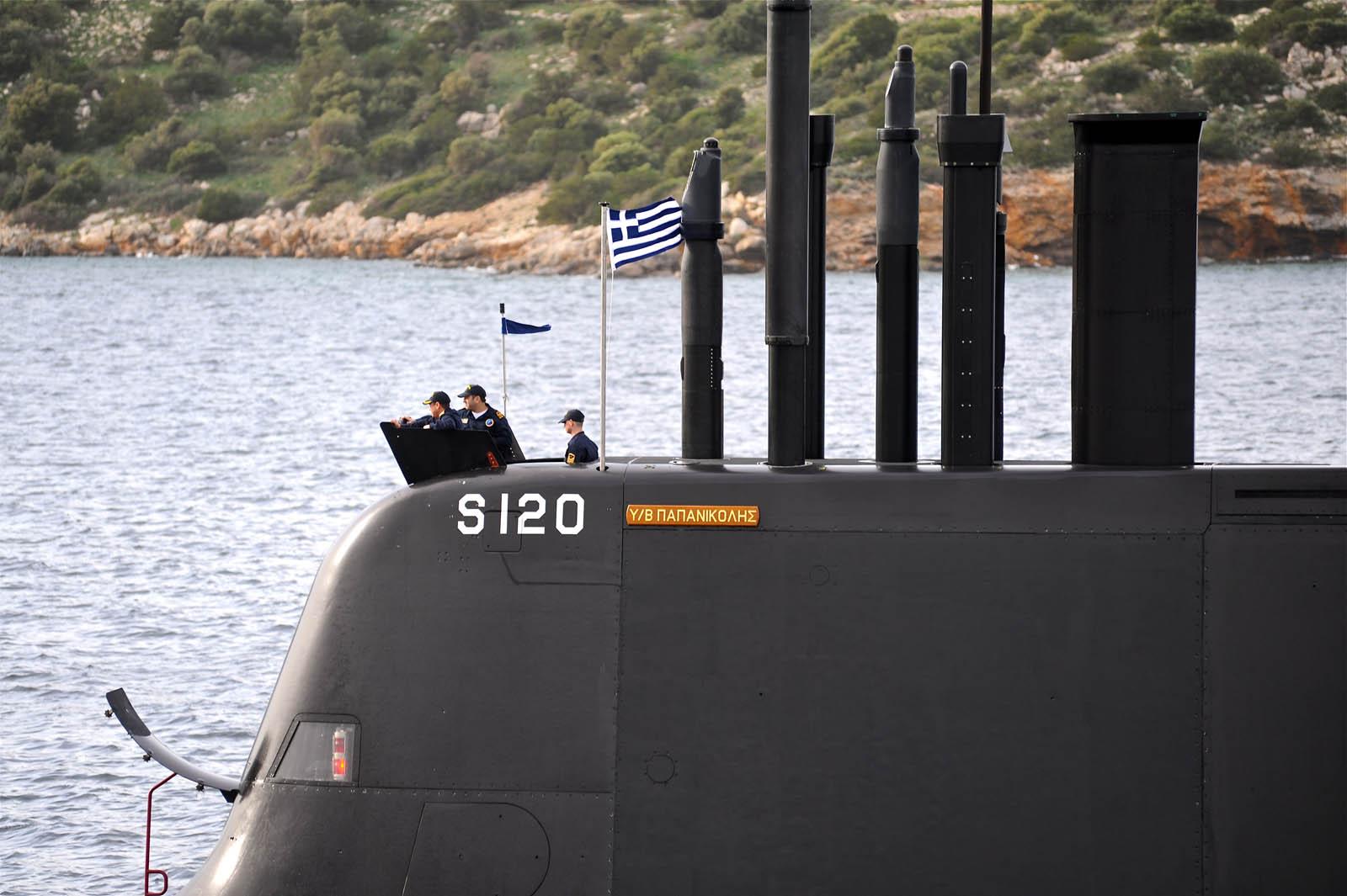 Η ιστορία των καινοτόμων «μαφιόζων» του Πολεμικού Ναυτικού που έδωσαν ζωή στα υποβρύχια 214