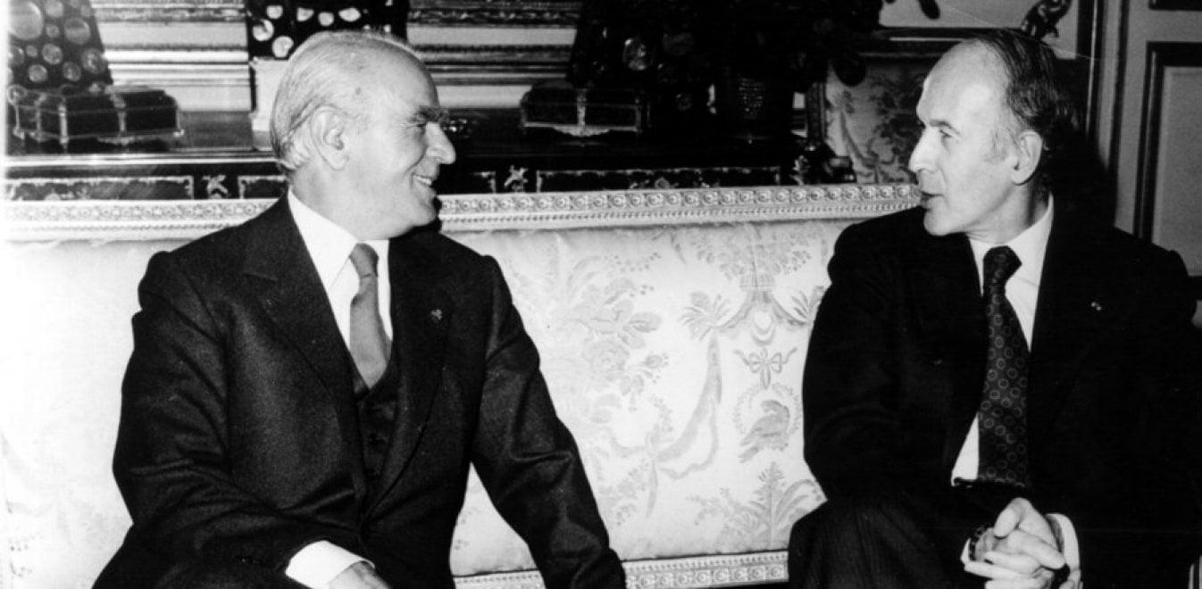 Ζισκάρ ντ' Εστέν: Ο φιλέλληνας Γάλλος πρόεδρος που «έστειλε» στη χώρα μας τον Κωνσταντίνο Καραμανλή