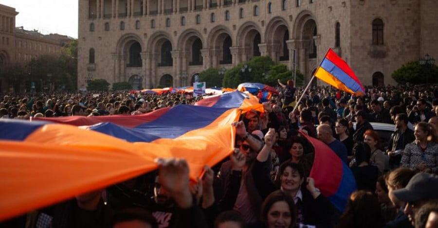 Παύση της εκεχειρίας στο Αρτσάχ ζητά η αντιπολίτευση στην Αρμενία