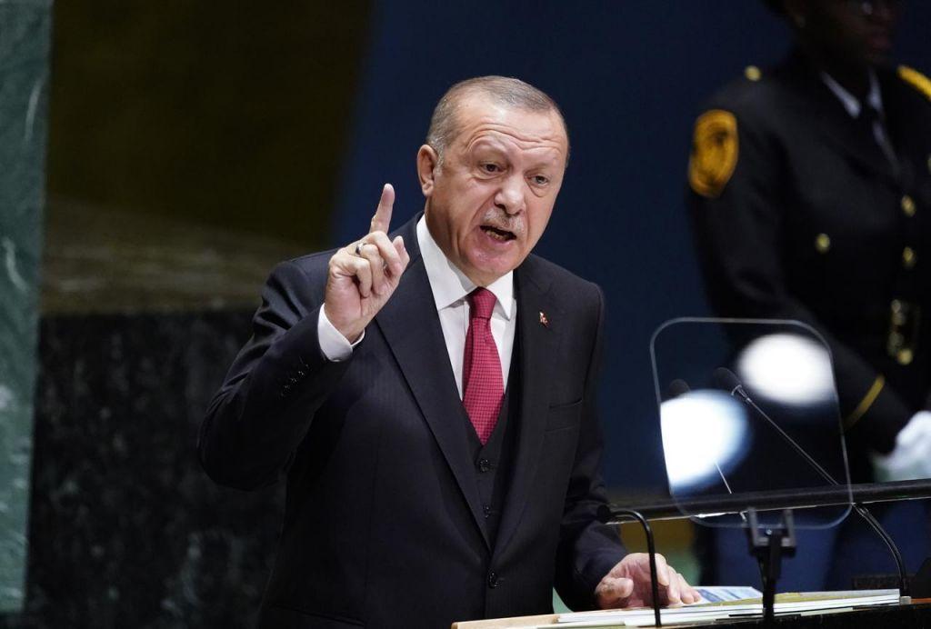 Τουρκία : «Μαύρο» σε τηλεοπτικό σταθμό μετά από 26 ημέρες λειτουργίας έριξε ο Ερντογάν